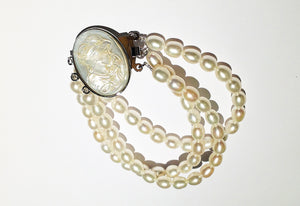 Natural Cultured Pearls with Carved Mother of Pearl Cameo Bracelet
