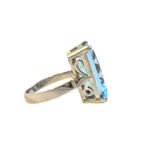 9ct White Gold Swiss Blue Topaz Ring