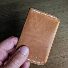 Load image into Gallery viewer, Oil Creek - Bi-fold front pocket card wallet - Caliber Leather Company