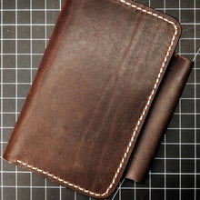 Load image into Gallery viewer, Big Perky -  Perkiomen Field Notes Wallet - Caliber Leather Company