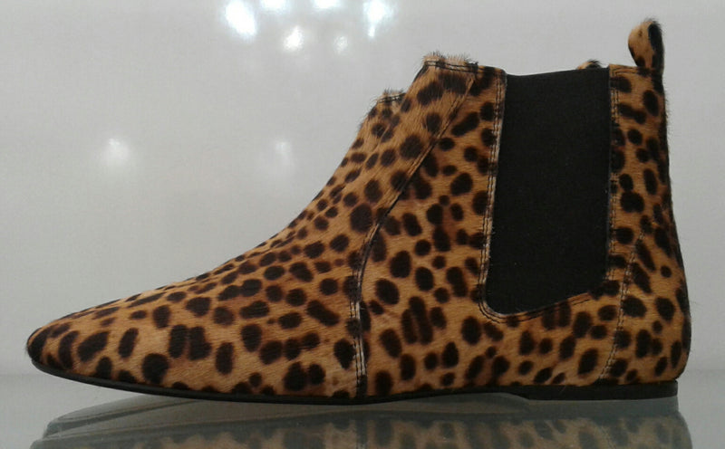 LEOPARD PRINT ANKLE BOOTS