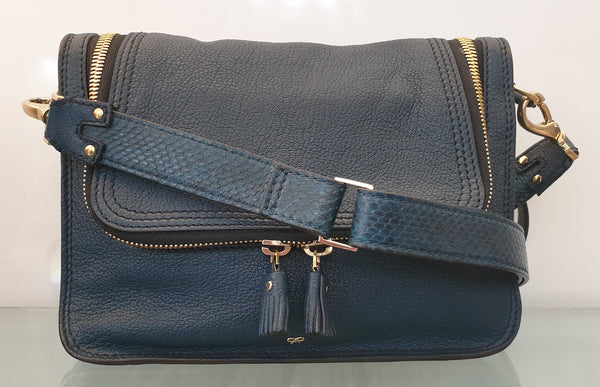 CROSS BODY/SHOULDER BAG