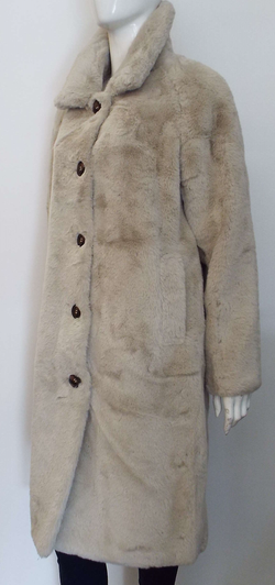 ZONNA FAUX FUR COAT IN SAND