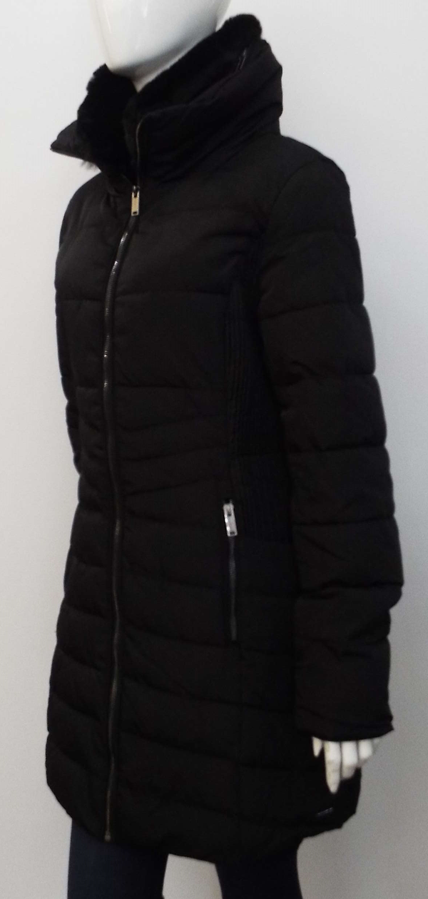 GOLDA PADDED COAT IN BLACK