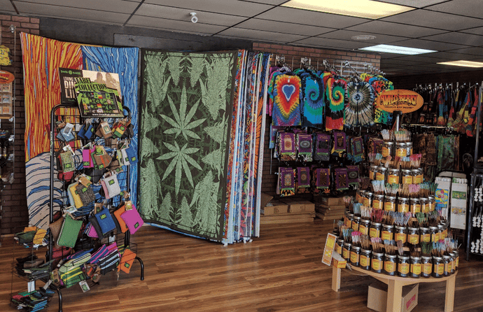 Shop of the Month – Smok'N Ray's Smoke Shop