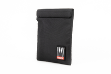 Load image into Gallery viewer, Dime Bags | The Capo | Smell Proof Envelope | Dimebags | Omerta | Smell Proof | Carbon Filtered Technology | Carbon Activated Lining | Carbon Activated Technology | Smellproof | Dimebags | Protective Case | Smell Proof Bags