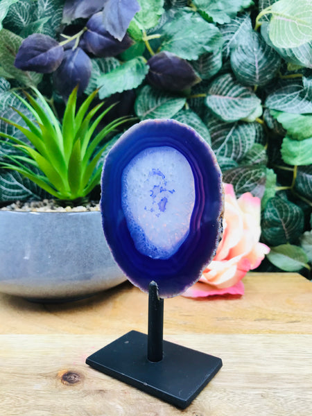 Agate Stand