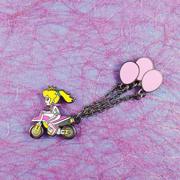 Peach Balloon Battle Mode Pin with Chain