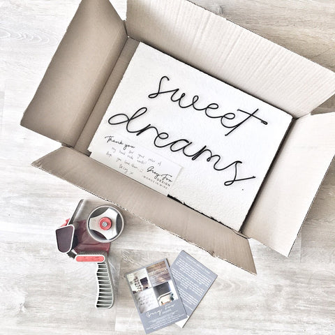 'sweet dreams' - Wire wall words - bedroom wall decor