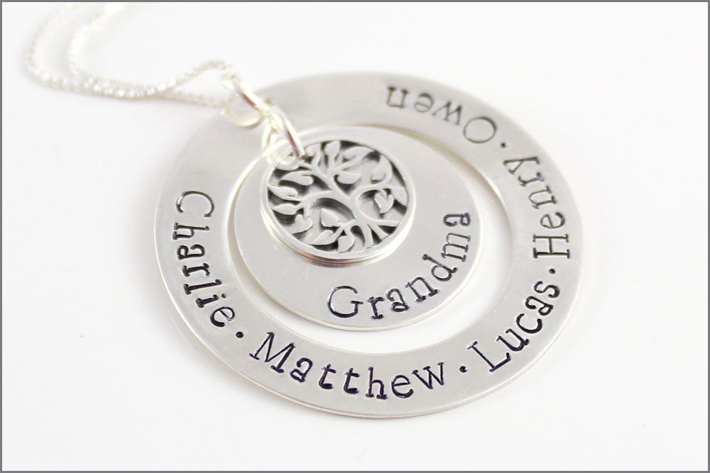 Personalized Silver Grandma Necklace | Tree of Life Charm, Grandchildren Necklace, Custom Name Jewelry, Christmas Gift for Grandma