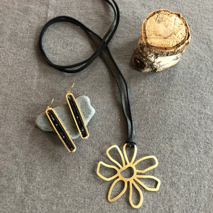 Leather - Matted Gold Flower