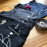 T Shirt - Be Love - Unisex: V Neck
