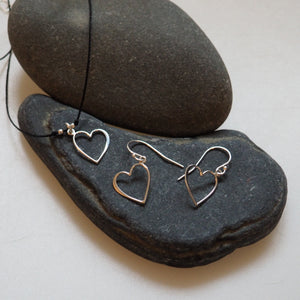 Earrings - Simple Open Heart