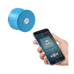 REIKO UNIVERSAL MINI BLUETOOTH SPEAKER IN BLUE
