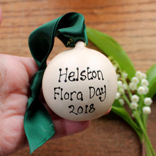 Load image into Gallery viewer, Flora day 2018 bauble