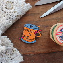 Load image into Gallery viewer, Make Do And Mend Cotton Bobbin Brooch - Wooden - Sewing Gift - Wartime -Vintage Style