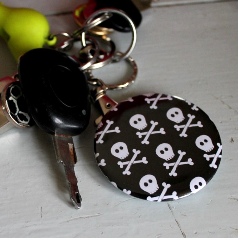 Mini skulls steampunk bottle opener keyring by Laura Lee Designs Cornwall