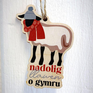 Nadolig Llawen o Gymru / Merry Christmas from Wales - Wooden Gift Decoration