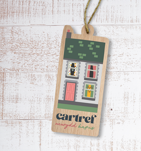 Cartref newydd hapus (Happy new home) Painted Wooden Gift Decoration - Max Rocks