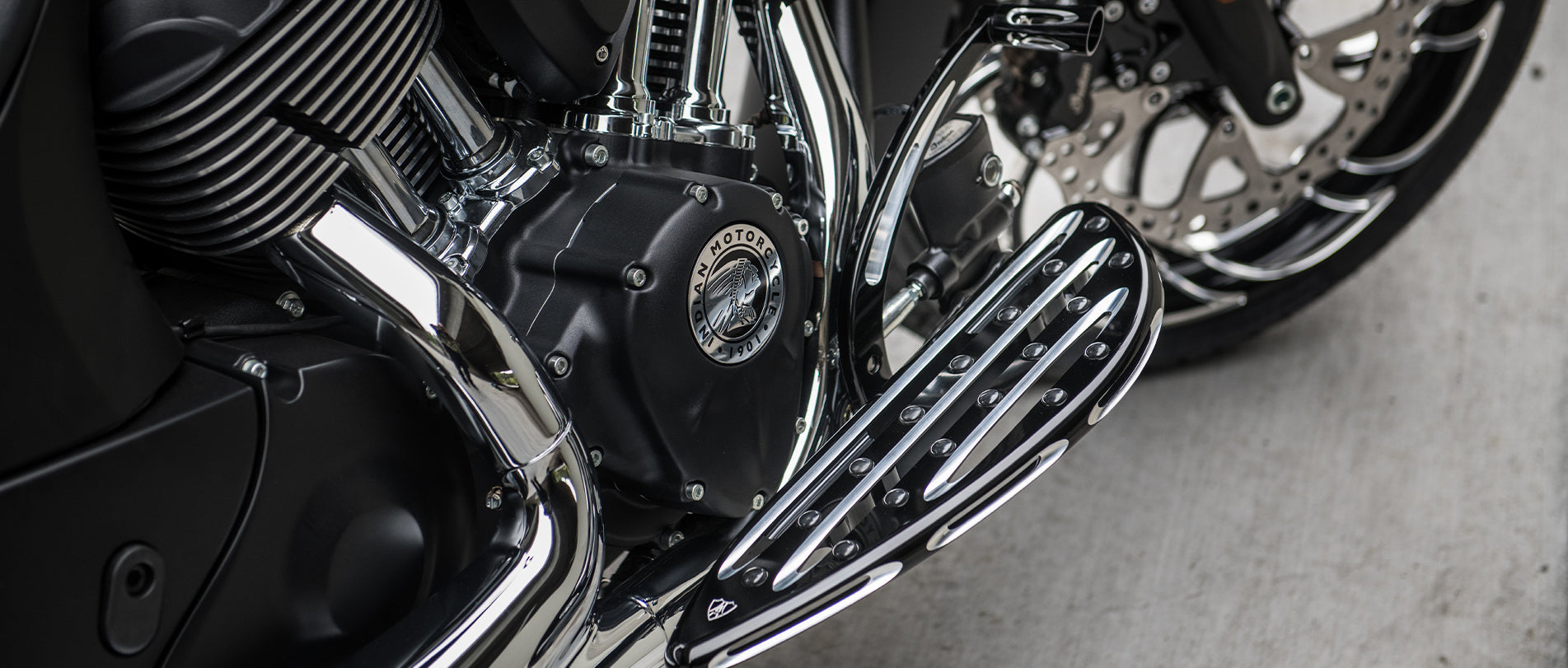 Footpegs & Foot Controls For Indian Motorcycle®