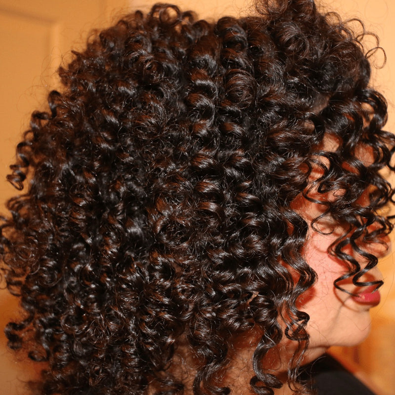Angela Fields CurlyCoilyTresses brand owner
