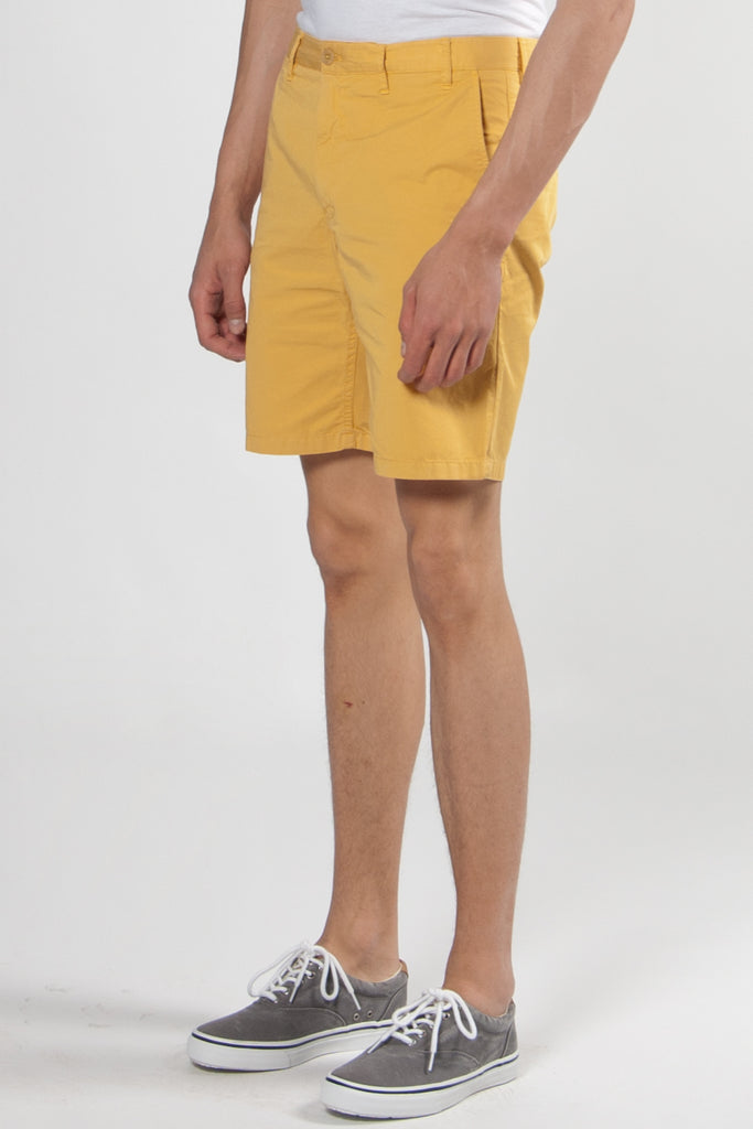 Aros Light Twill Shorts sunwashed yellow