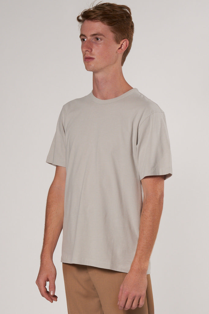 Day Tee light grey