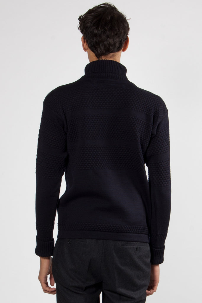 Fisherman Roll Neck navy blue