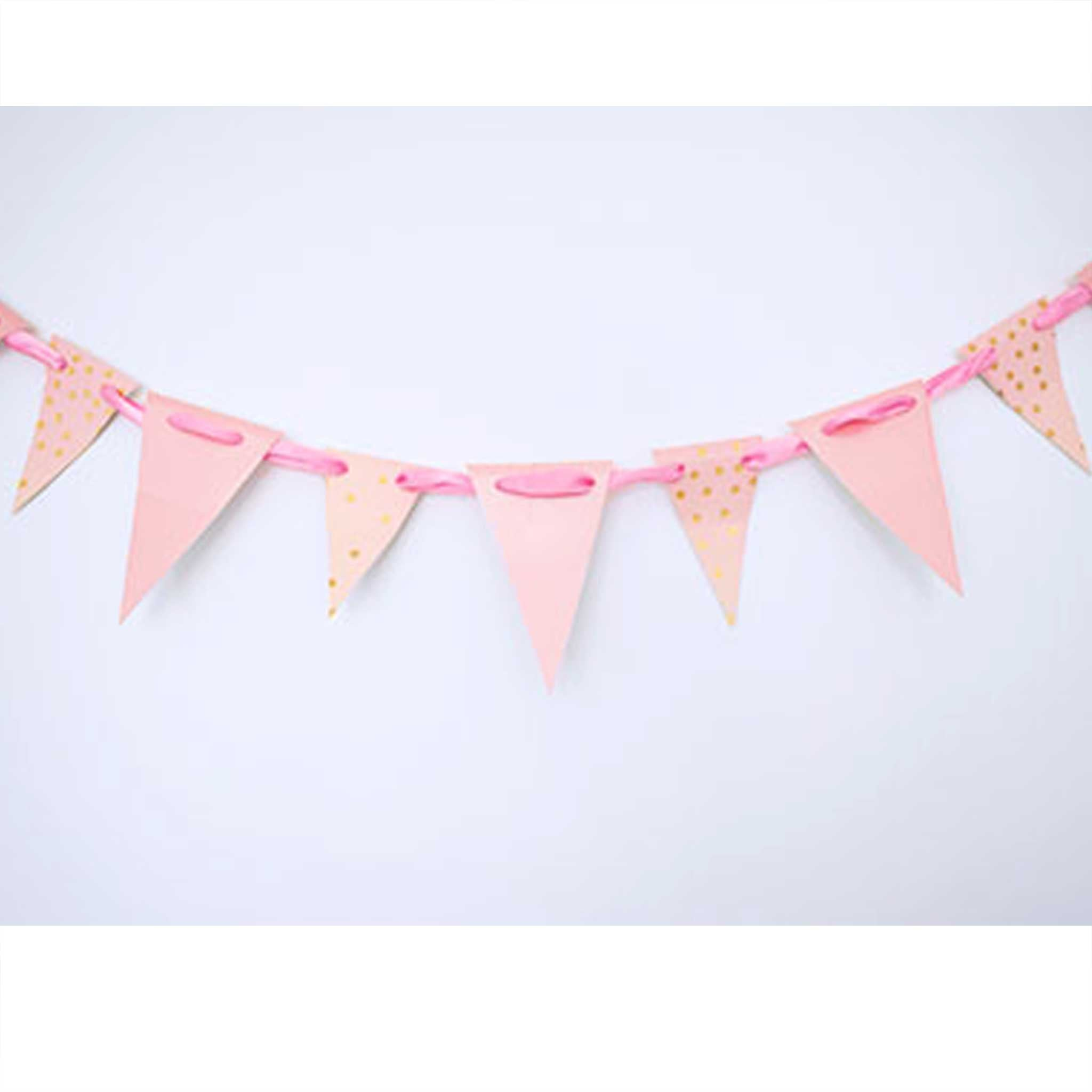 Party Hack: How to DIY Paper Plate Bunting in 4 easy steps