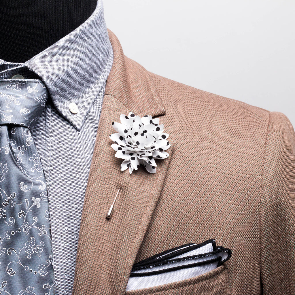 White Dotted Chiffon Lapel Flower