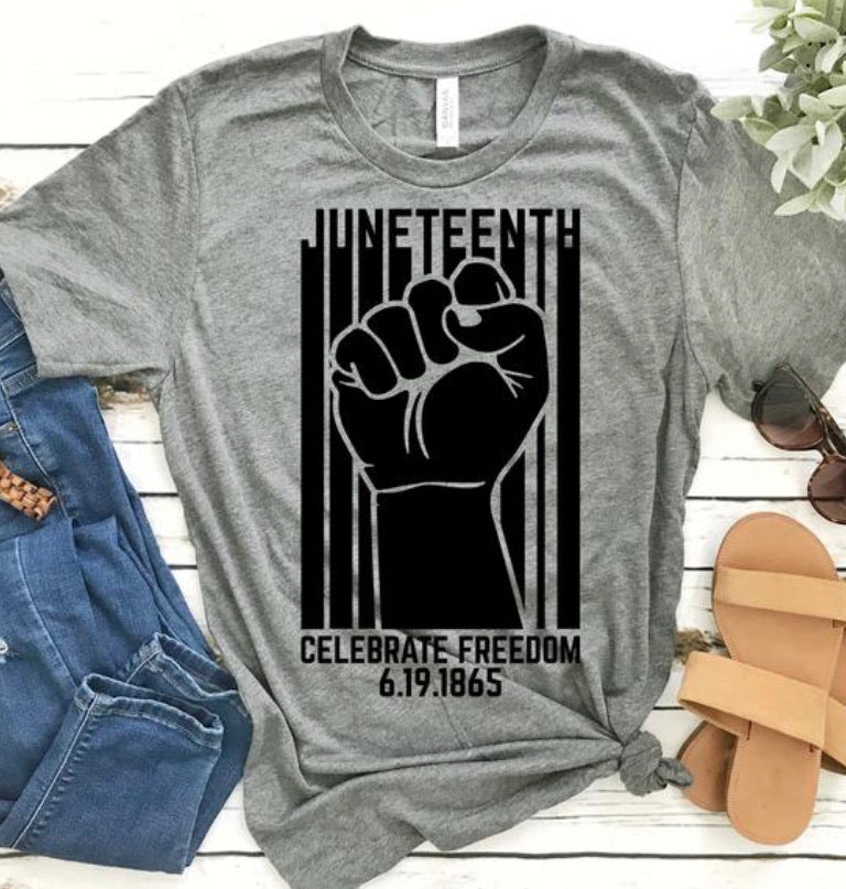 JUNETEENTH GRAPHIC TEE