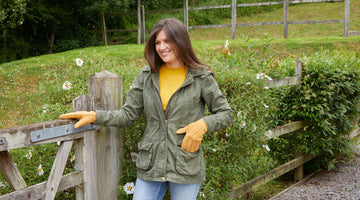 Sheepskin Gloves for Women -Strong Protection for Delicate Hands in Winter