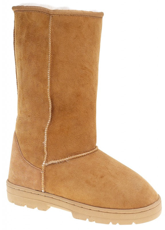 Womens modern sheepskin boot