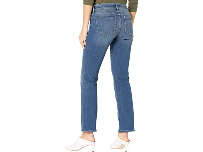 NYDJ Petite Petite Marilyn Straight Jeans in Enchantment