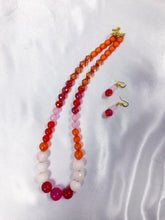 Load image into Gallery viewer, Tropical Beat Beaded Necklace Set
