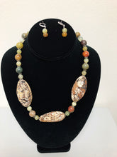 Load image into Gallery viewer, Earthy Tone Stone Necklace Set