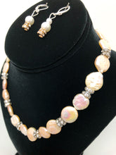 Load image into Gallery viewer, Pearl Gem Necklace Set