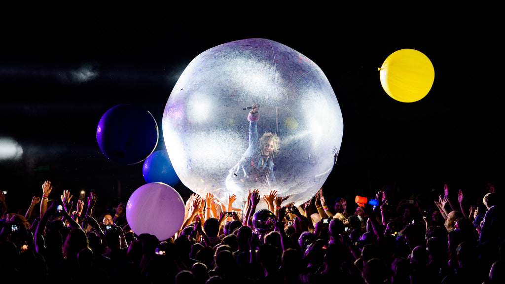 Flaming Lips by John Ordean