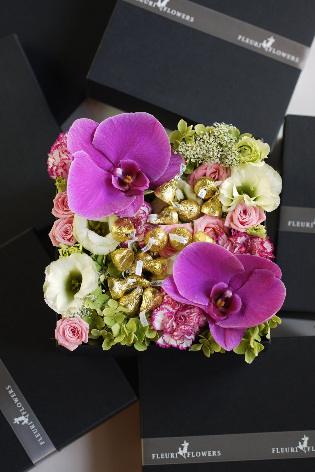 Kisses Floral Box