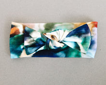 Load image into Gallery viewer, The Charli Print Knotted Headband