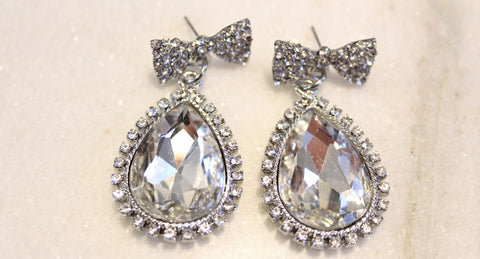 Clear Bow & Tear Drop Earrings