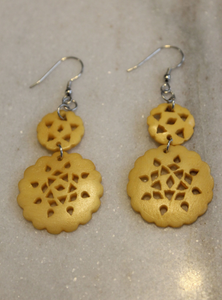 Scalloped Circle Earrings