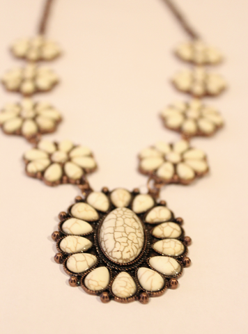 Stone Flower Pendant Necklace