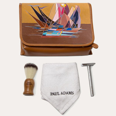 Caspar shaving kit for men. Easy to carry shaving foam and other toiletries. Shop at Paul Adams world.