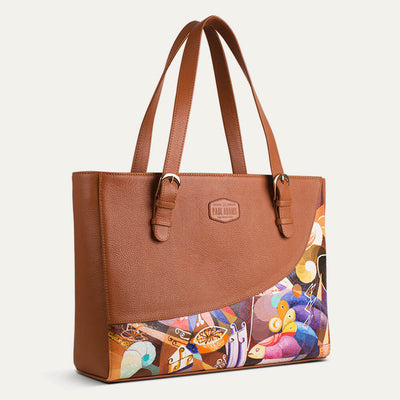 Emma laptop bag for women, fits an 13-inch laptop with ease. Shop at pauladamsworld.com