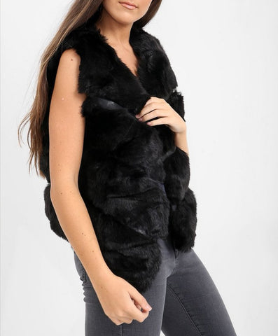 4 Panel Faux Fur Gilet in Black