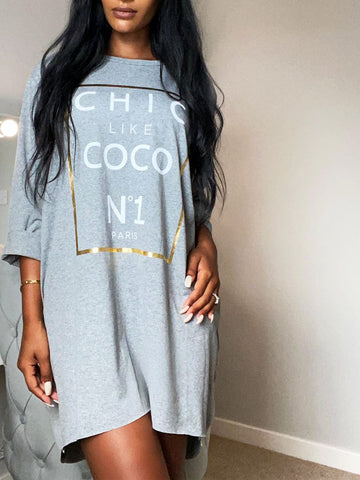 Chic Coco Slogan T Dress in Grey