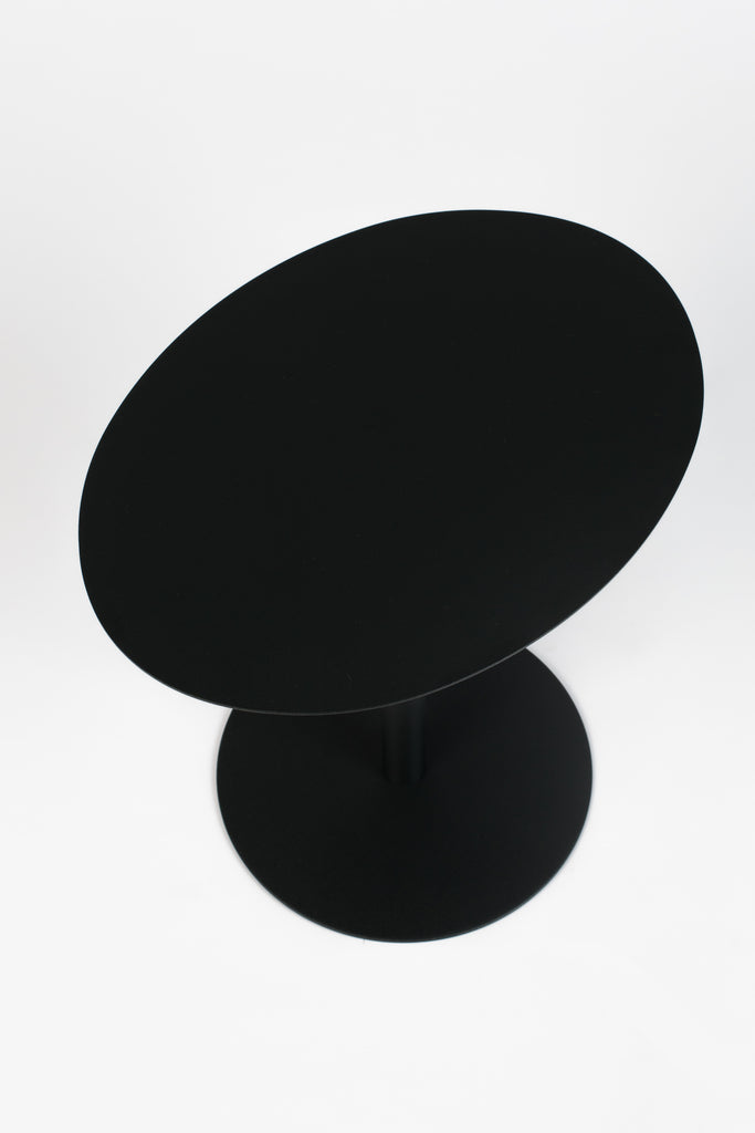 Snow Black Oval | Mesa lateral