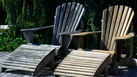 Best Material for Adirondack Chairs: Fading Over Time
