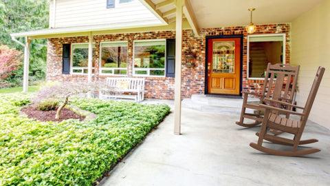 Outdoor Seating Design Inspiration: Rocking Chairs for Your Porch